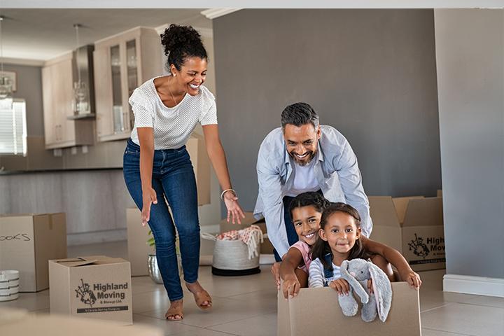 fort-saskatchewan-moving-company-family-highland-720x480